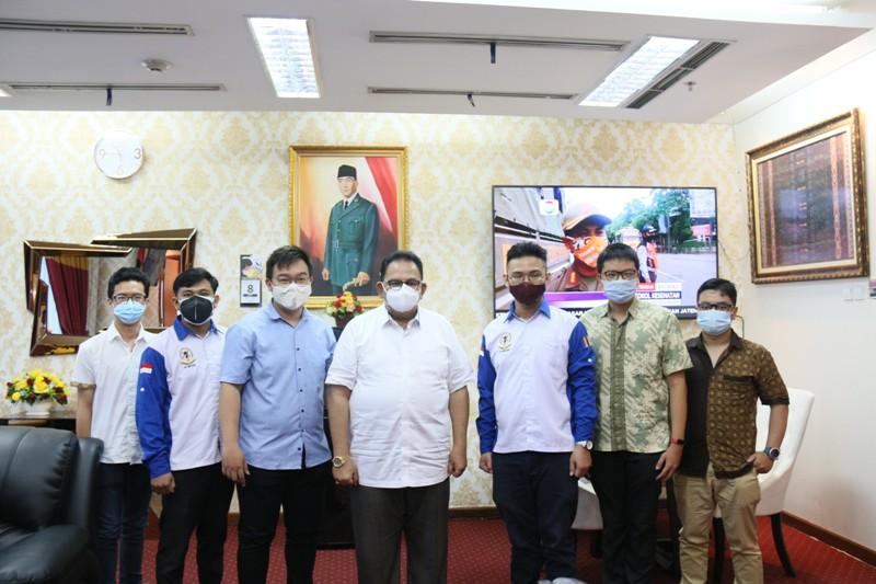 AUDIENSI KONGRES XI HIMPUNAN MAHASISWA BUDDHIS INDONESIA (HIKMAHBUDHI) KOTA MEDAN DENGAN KETUA DPRD-SU