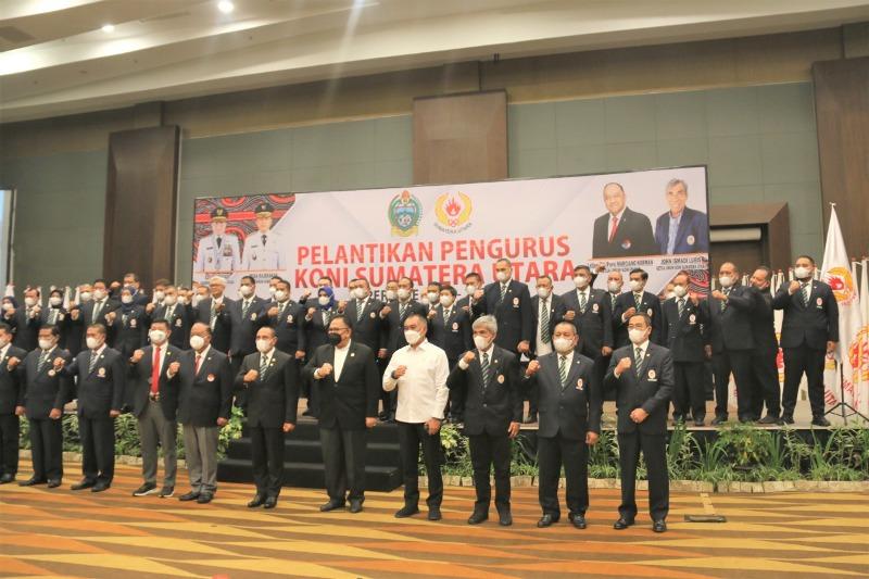 Pimpinan DPRD Provinsi Sumatera Utara Menghadiri Pelantikan KONI Sumatera Utara